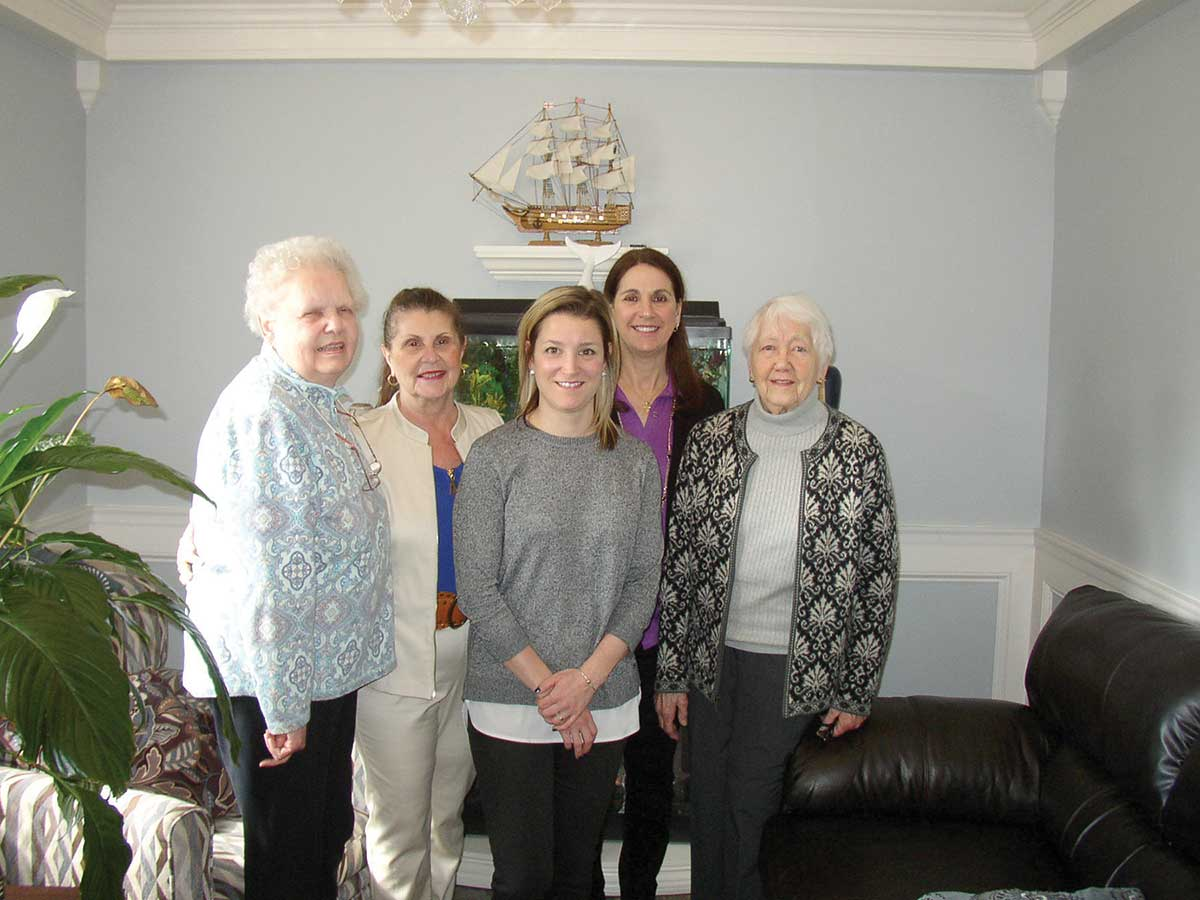 Orange Health Care Honors Garden Club