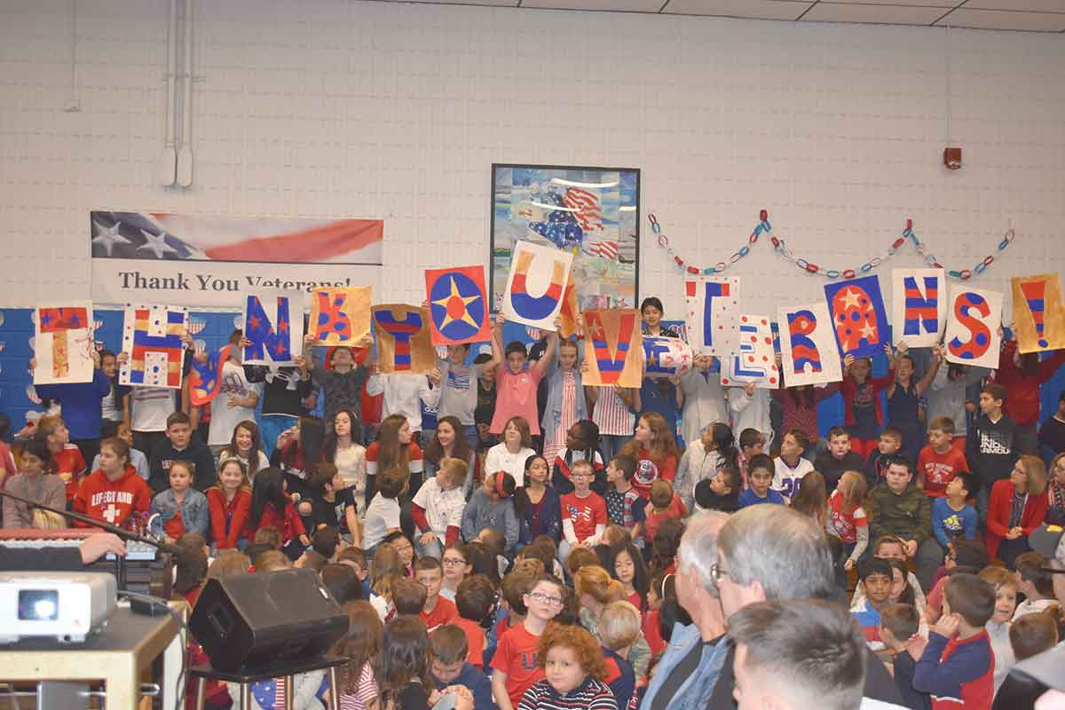 Peck Place Students Celebrate Veterans