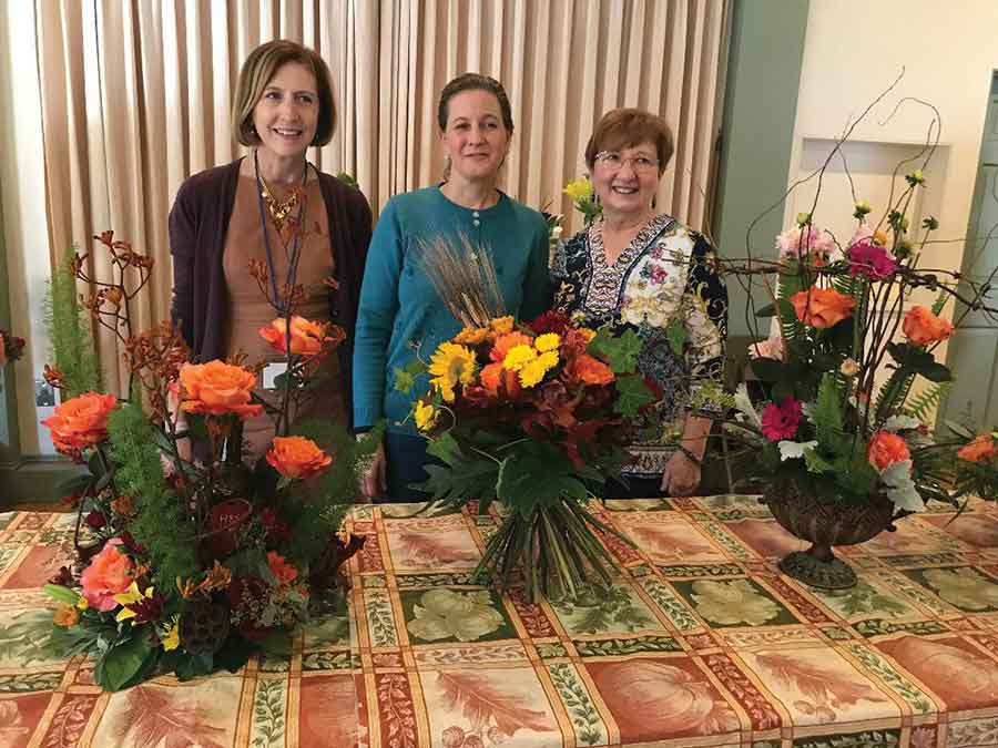 Garden Club of Woodbridge Hosts Garden Club of Orange