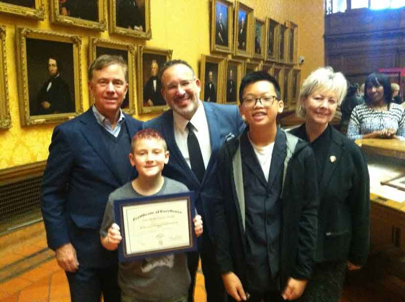 Amity Middle School In Orange Receives Recognition In The Governor's Reading Challenge